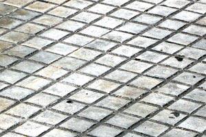 C mo quitar manchas de moho en los azulejos for Como limpiar marmol manchado