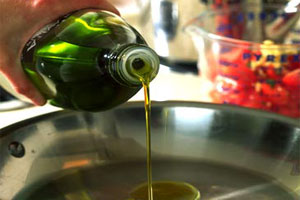 Cómo evitar salpicar aceite al freír