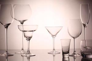 Cómo dejar los vasos y copas brillantes