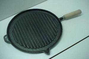 Cómo limpiar fácilmente las churrasqueras o planchas para bifes