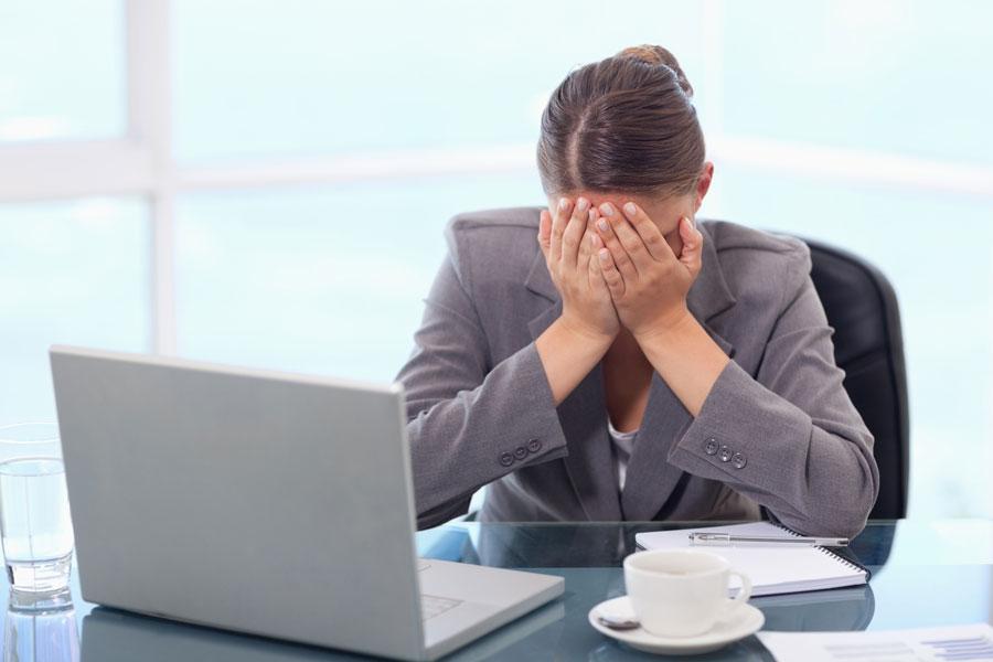 Cómo cuidar los ojos si trabajamos frente al PC
