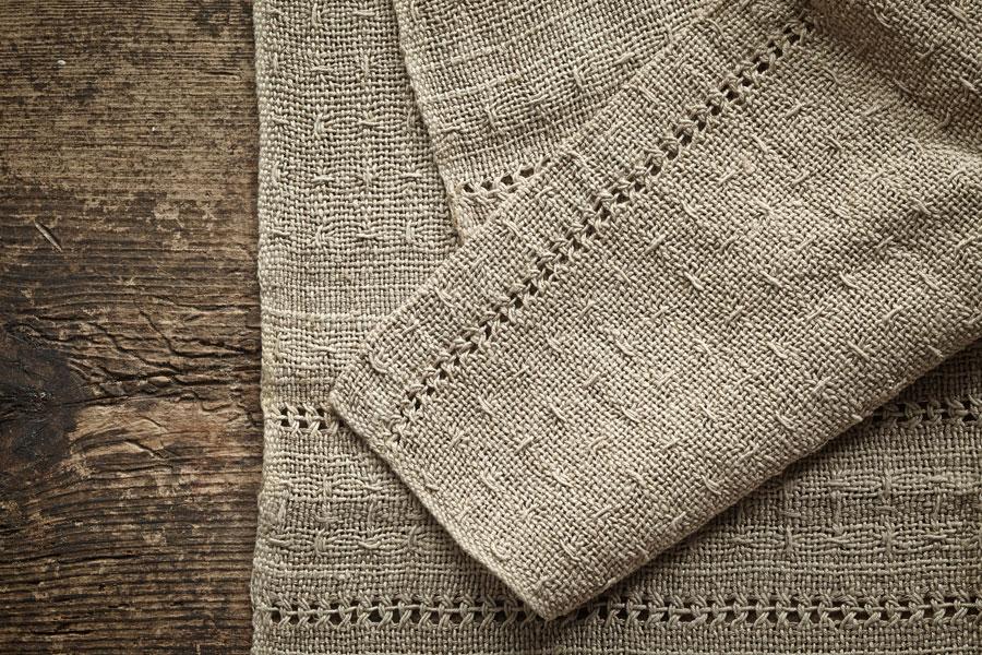 Tips para lavar, planchar y cuidar la ropa de lino. Consejos de cuidado para las prendas de lino. Cómo lavar y conservar las prendas de lino