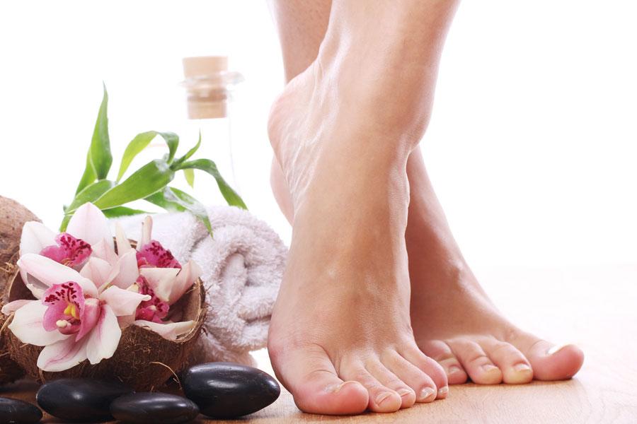 Remedios caseros para eliminar los callos de los pies. Cómo quitar los callos con remedios naturales. Guía para eliminar callos de los pies
