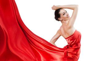 Procedimento para lavar, secar y planchar ropa de seda. cómo cuidar y lavar las prendas de seda