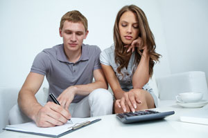 Consejos para organizar el presupuesto de la familia. Cómo ordenar los gastos familiares. Tips para llevar la contabilidad de la familia
