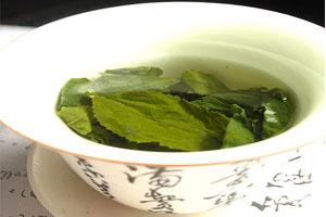 Cómo aromatizar y endulzar el té
