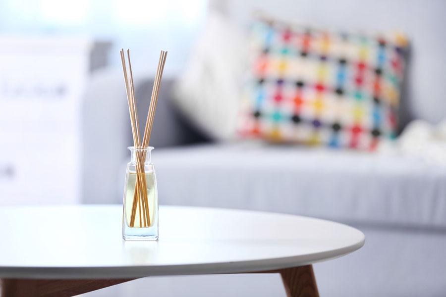 Consejos para tener buen aroma en los ambientes del hogar. Trucos para aromatizar el ambiente.