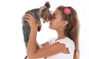 Cómo ayudar a superar la muerte de una mascota a un niño