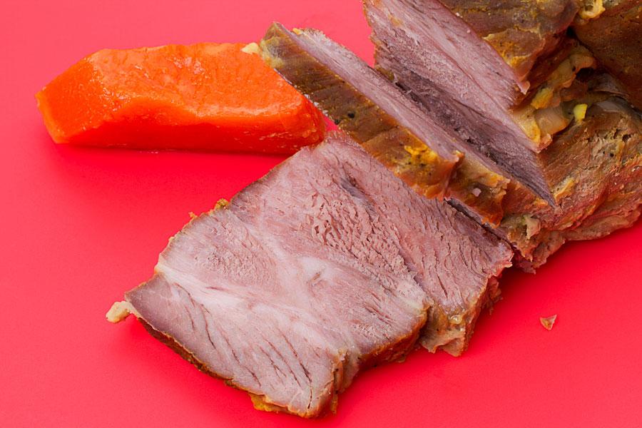 Cómo saber si el pollo o la carne roja está cocida