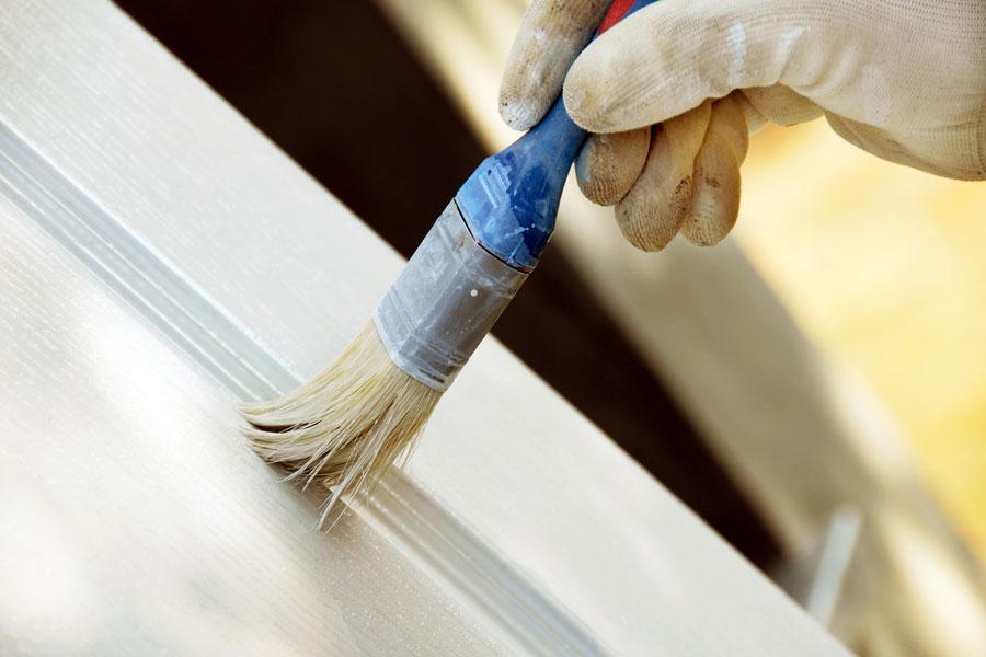 Pasos para pintar una puerta de chapa. Cómo limpiar y pintar una puerta de chapa.