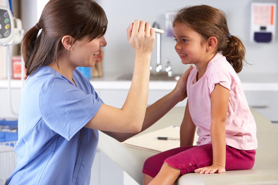 Cómo elegir el pediatra