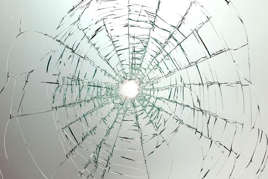 ¿Cómo lograr el efecto craquelado en vidrio?