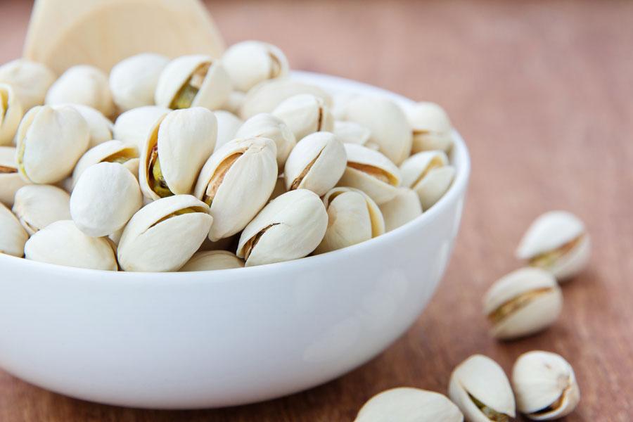 Cómo pelar pistachos