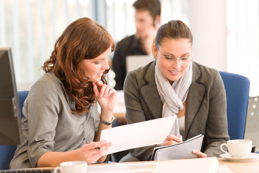 Consejos para mejorar nuestra comunicación en el trabajo. Cómo comunicarnos en el ambiente laboral.