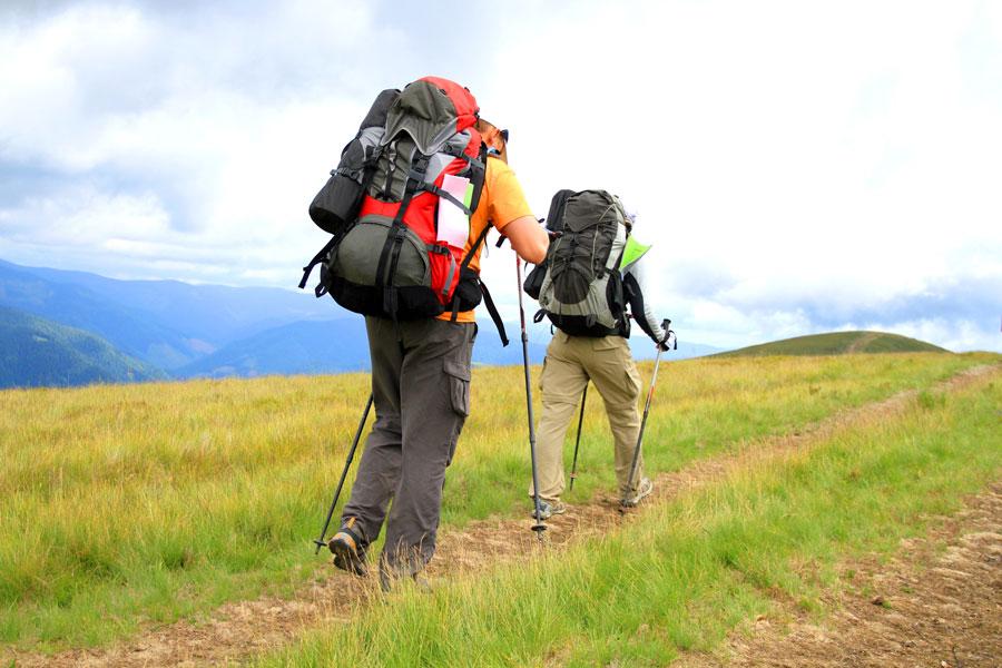 Cómo preparar una mochila para una excursión