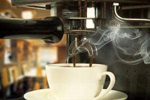 Características y funcionamiento de una cafetera express. Detalles a la hora de elegir una cafetera express.