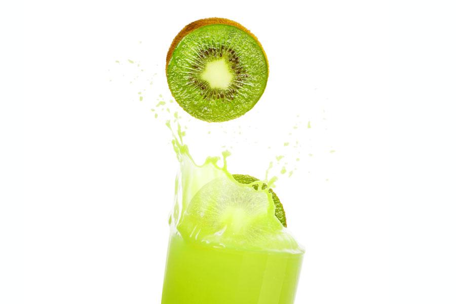 Cómo preparar licor de kiwi