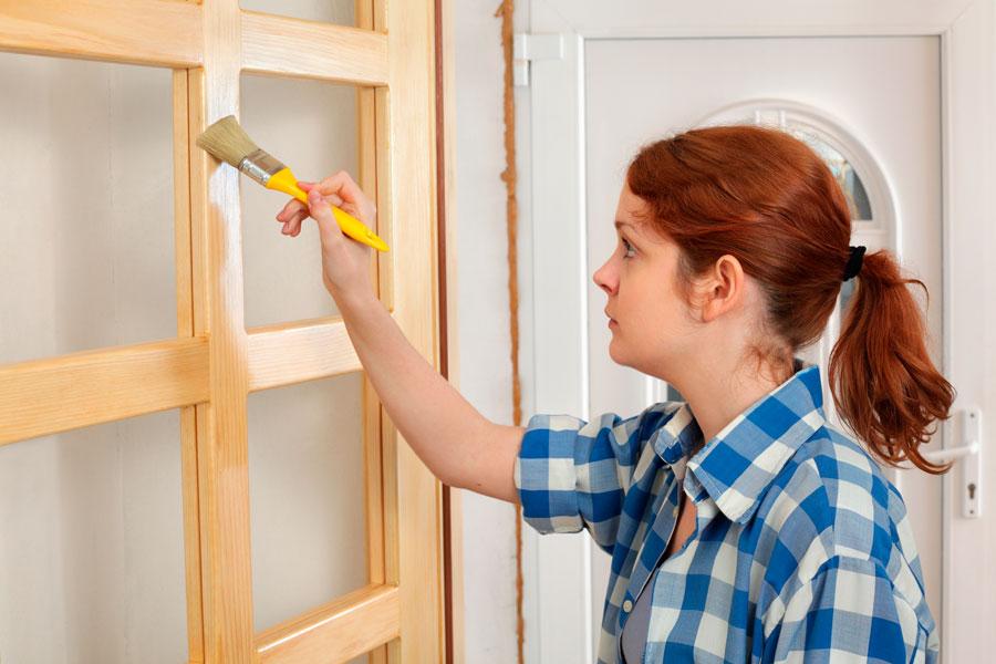 C mo hacer que una puerta de acero parezca de madera - Hacer una puerta de madera ...
