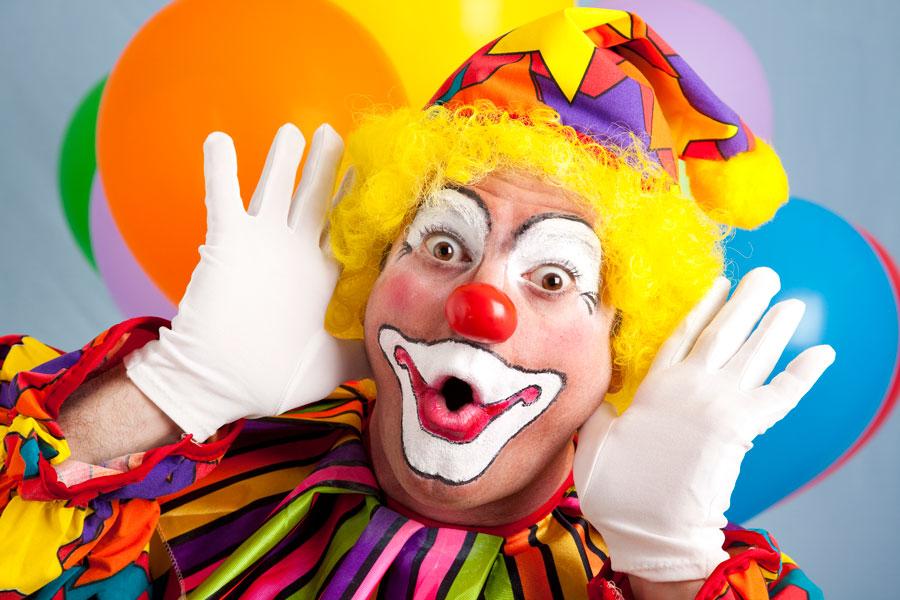 Cómo ser un payaso de circo profesional