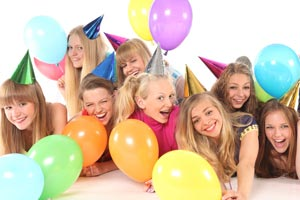 Cómo hacer una fiesta sin que tus padres se enteren.