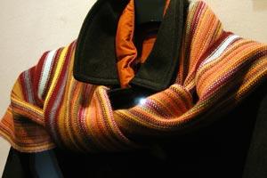 Cómo combinar la bufanda y el pañuelo si eres hombre