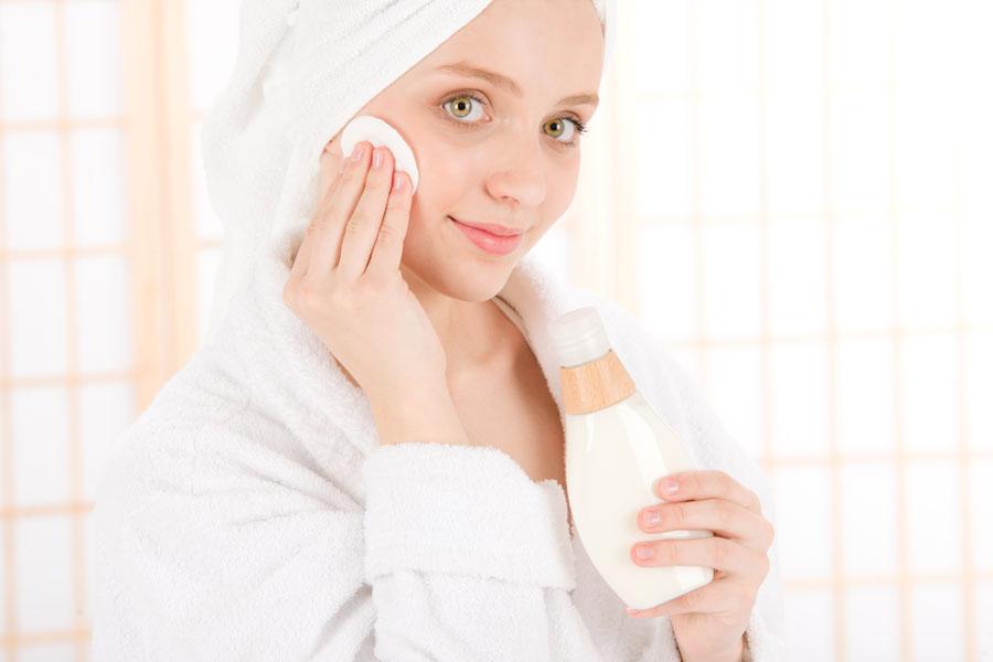 Cómo hacer un Tratamiento para el Acné con Cremas caseras