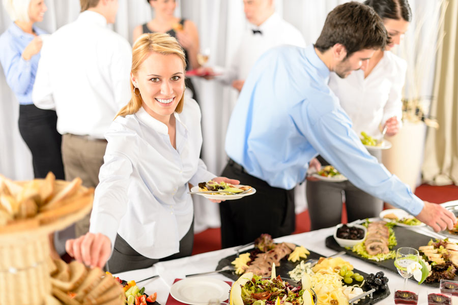 Consejos para organizar un buffet. Cómo planificar un buffet en casa. Decoración, menú y organizacion de las mesas para un buffet