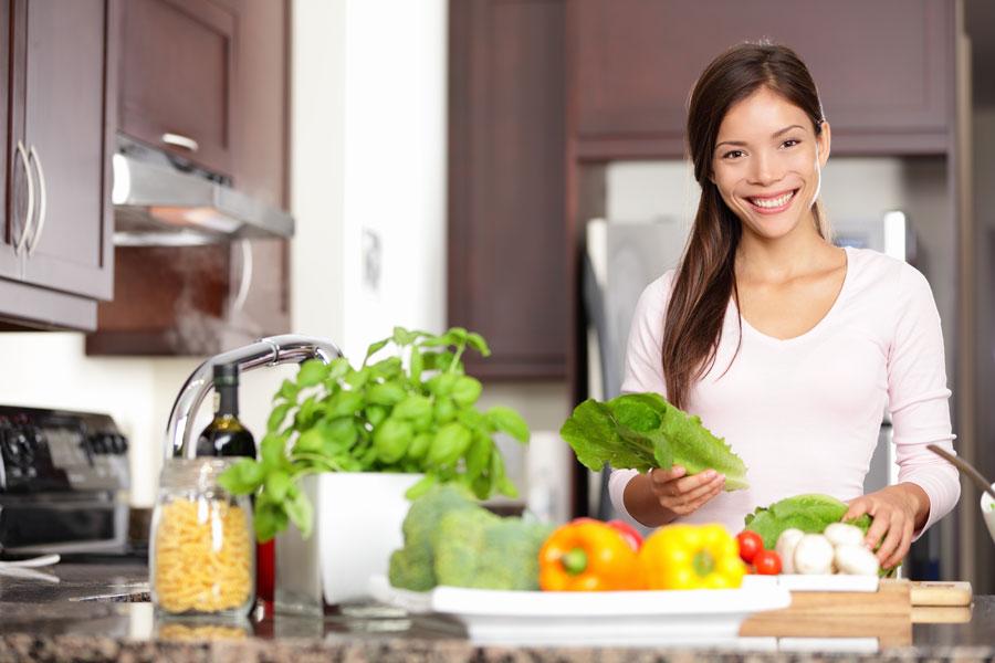 Consejos para mantener organizada la cocina. Tips para ordenar la cocina. Cómo mantener el orden en la cocina