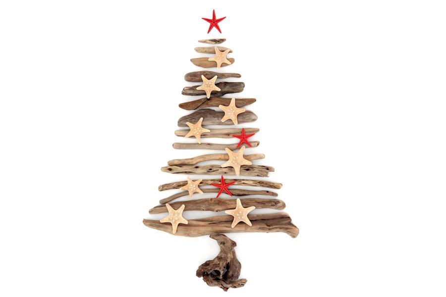 C mo hacer un pino de navidad de maderas y varas - Originales arboles de navidad ...