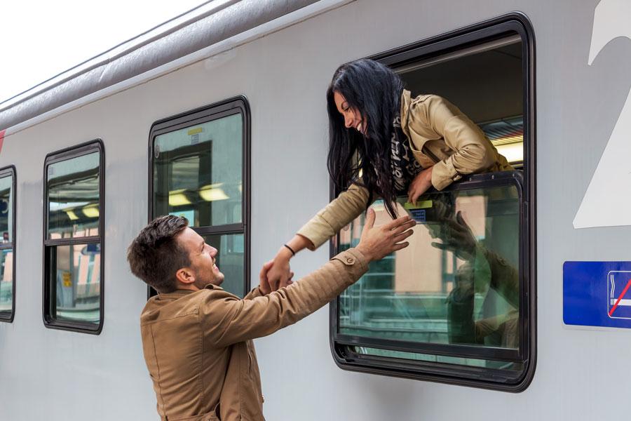 Ideas para hacer si nos quedamos en casa cuando nuestra pareja esta de viaje. Qué hacer si nuestra pareja se va de viaje.