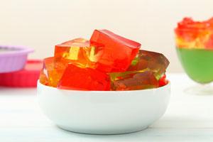 Receta de postre hecho con gelatinas para navidad. Un postre fresco para la navidad o en las tarde de calor hecho con gelatinas