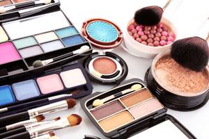 Sombras de Ojos y Rubores caseros. Recetas para fabricar tu Maquillaje casero. Ingredientes y preparación de sombras y rubores caseros
