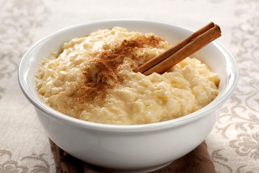 Cómo hacer arroz con leche bajo en calorías