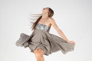 Cómo relajar la mente y el cuerpo con un baile sencillo
