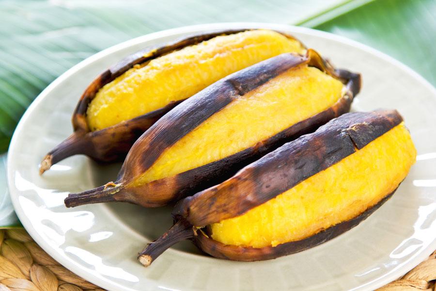 Cómo hacer un Postre de Banana a la Parrilla