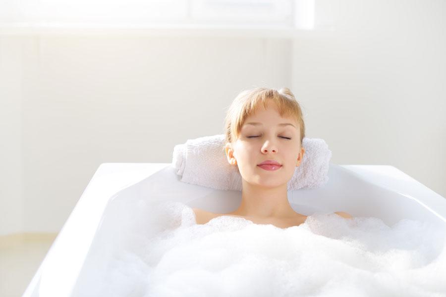 Ideas Baño Relajante:Cómo preparar baños relajantes económicos