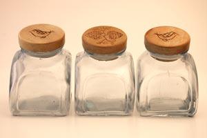 Cómo hacer una original estantería con frascos