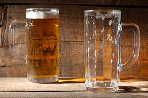 Cómo servir la cerveza