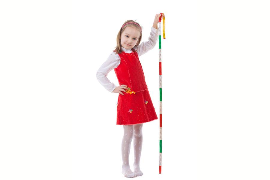 Cómo hacer un medidor de altura para niños