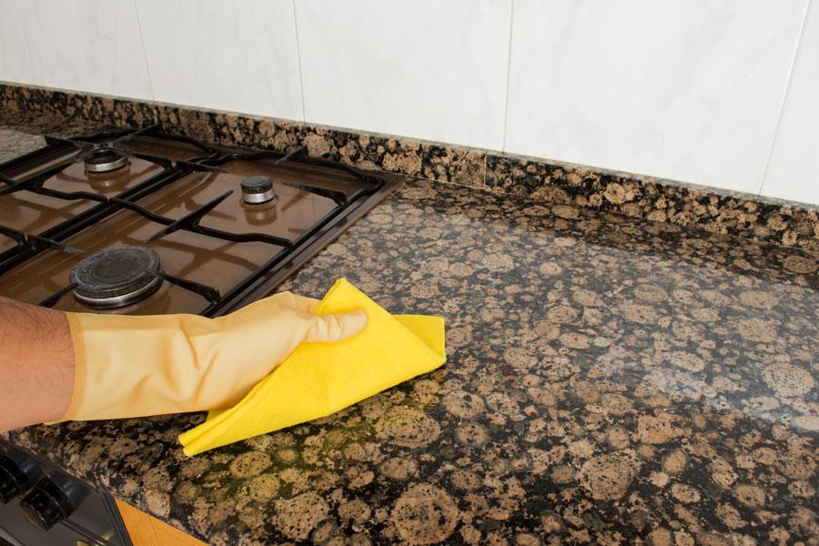C mo limpiar y pulir superficies de granito for Granito para mesadas