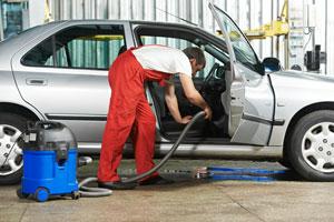 Como limpiar la alfombra del auto