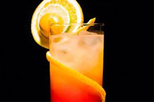 Cómo hacer un Cóctel sin Alcohol con Sirope de Frutas