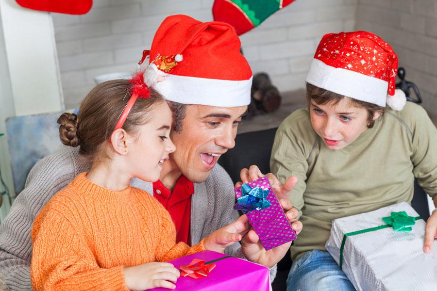 Cómo Celebrar la Navidad según las Tradiciones Latinas