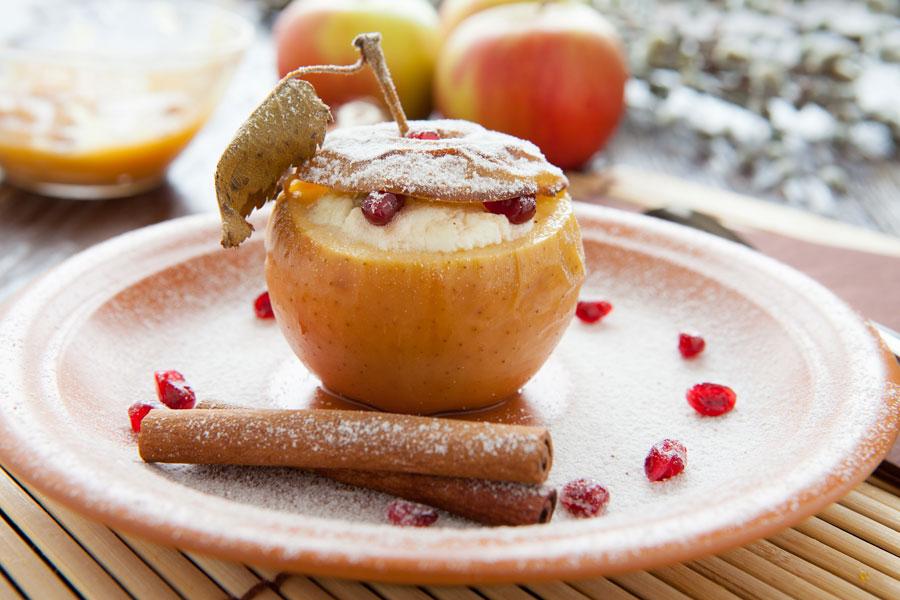 Cómo hacer Manzanas Rellenas con Mantequilla y Merengue