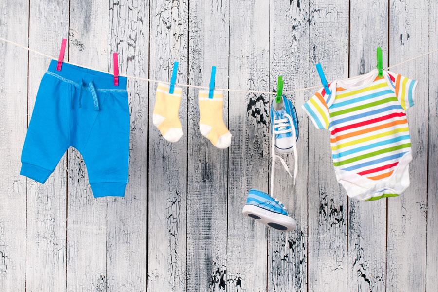 Cómo Lavar diferentes tipos de Ropa de Bebé