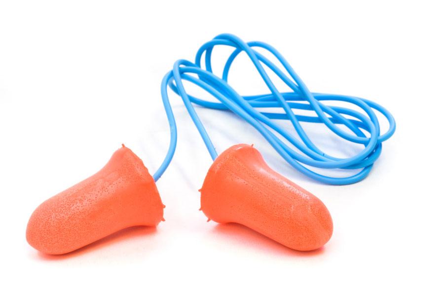 Cómo utilizar tapones para los oídos