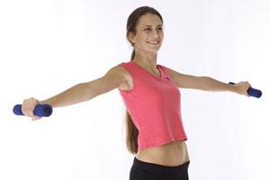 Ejercicios con mancuernas para hombros y espalda