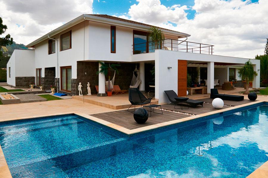 C mo decorar una casa grande for Ideas para reformar una casa