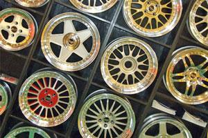 Cómo comprar accesorios de coches