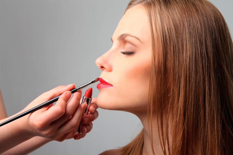 Cómo rejuvenecer el rostro con maquillaje